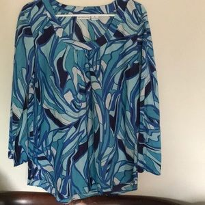Ocean wave pattern light weight top. Size XL NWOT